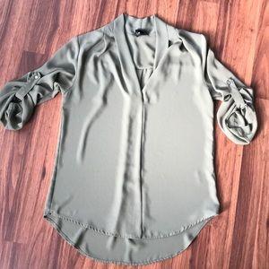 Float 3/4 length tunic